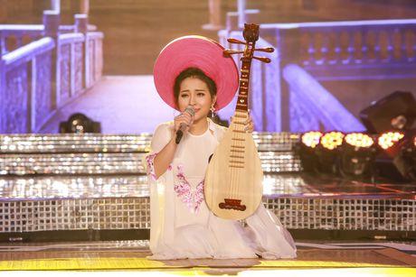 'Hot girl hat vi dam' Phan Ngoc Anh vao chung ket 'Sao Mai 2017' - Anh 2