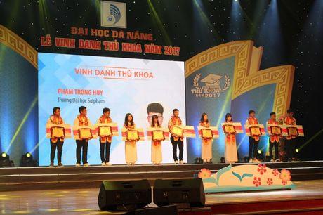 DH Da Nang vinh danh 11 tan thu khoa - Anh 3