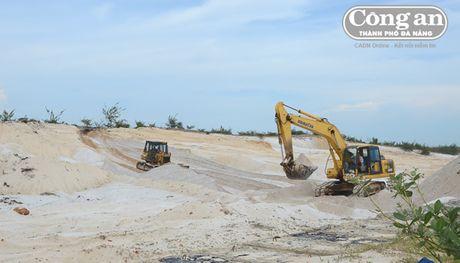 Quang Nam: De xuat tu cap phep khai thac cat trang - Anh 1