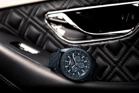 'Sieu' dong ho Bentley GT Dark Sapphire Edition cua Breitling - Anh 2
