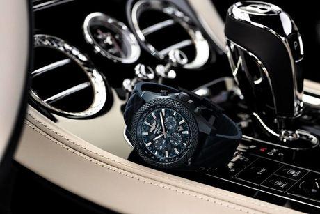 'Sieu' dong ho Bentley GT Dark Sapphire Edition cua Breitling - Anh 3