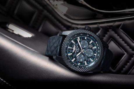 'Sieu' dong ho Bentley GT Dark Sapphire Edition cua Breitling - Anh 5