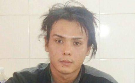 Bat nhom dong tinh chuyen gay me, cuop tai san - Anh 2