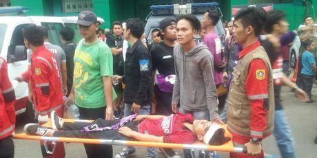 CDV Indonesia thiet mang khi bao luc leo thang o giai hang 2 - Anh 1
