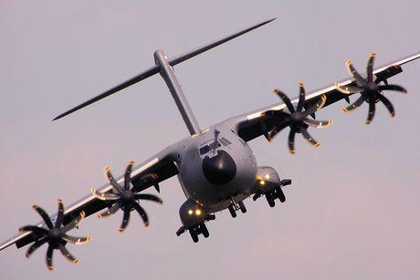 On troi: Sau 52 nam C-130 da tim duoc ke 'noi doi' - Anh 5