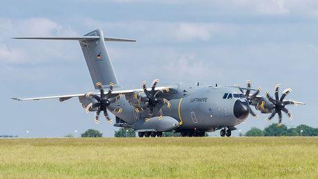 On troi: Sau 52 nam C-130 da tim duoc ke 'noi doi' - Anh 7