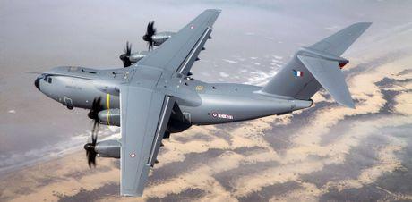 On troi: Sau 52 nam C-130 da tim duoc ke 'noi doi' - Anh 8