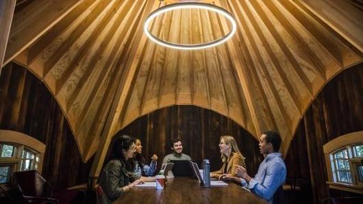 Một phòng họp trong nhà cây của Microsoft