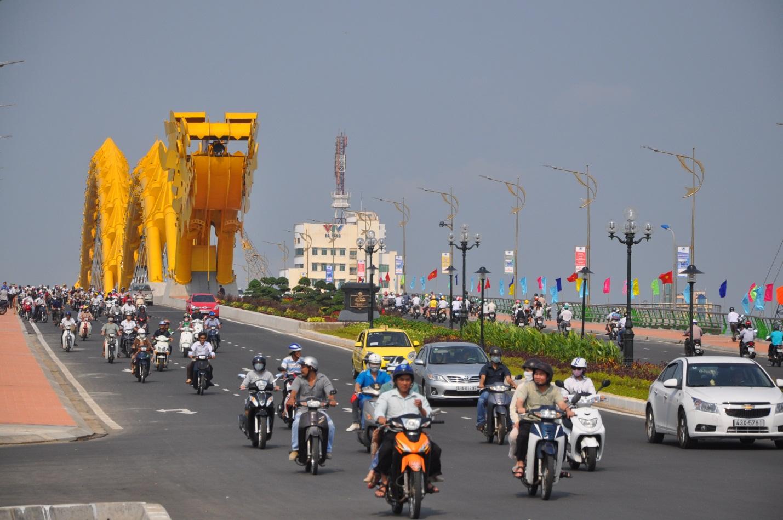 Kết quả hình ảnh cho lưu thông trên các tuyến đường tại đà nẵng dịp apec