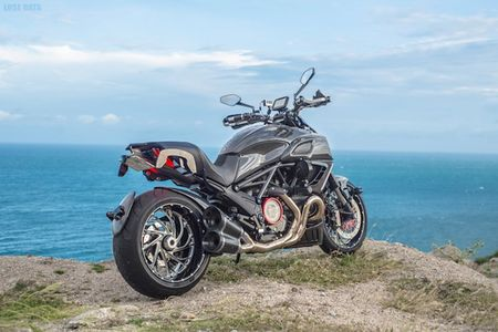 "Ducati Diavel Carbon ""full option"" sieu chat cua biker Viet - Anh 6"