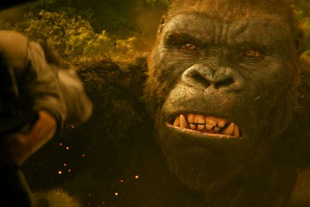 'Kong: Skull Island' thu 18,2 ty dong, pha vo ky luc phong ve Viet Nam - Anh 1