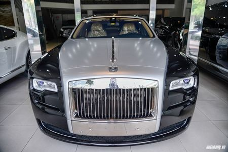 Rolls-Royce Ghost Series II rao ban gia 25 ty dong tai Ha Noi - Anh 5