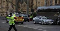 Khủng bố London: Thủ tướng Anh Theresa May thoát hiểm trong gang tấc