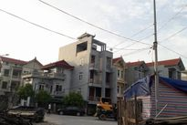 Hà Nội: Chùm ảnh cả khu dân cư phải đi xin điện để dùng