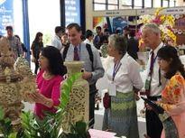 Khai mạc hội chợ quốc tế quà tặng, hàng thủ công mỹ nghệ Hà Nội