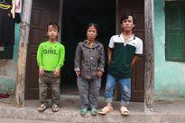 Người đàn bà chân voi kỳ lạ và gia đình toàn người lùn ở Hưng Yên