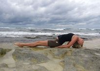 Động tác yoga nào tốt chữa chứng rối loạn tiền đình