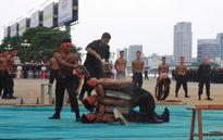 Những màn võ thuật chống khủng bố APEC đẹp mắt