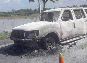 Bắt 6 nghi phạm trong vụ đốt ôtô 7 chỗ và giết người ở miền Tây