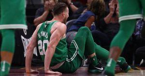Gordon Hayward chấn thương kinh hoàng, Celtics gặp khó ngay ngày khai mạc NBA 2017-18
