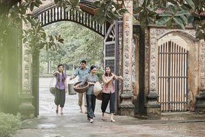 Sao Mai Bích Hồng- Thu Hằng hóa thôn nữ trong MV mới chào mừng ngày 20/10