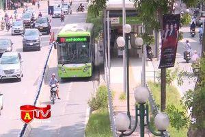 Xe buýt BRT đón hơn 103.000 lượt khách trong tuần đầu thu phí
