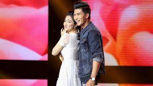 Hòa Minzy bất ngờ lao lên sân khấu tỏ tình 'Em thương anh' với hotboy Bolero