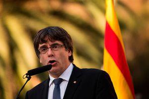Lãnh đạo Catalonia dọa sẽ ly khai nếu bị tước quyền tự trị