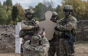 Thót tim xem chuyên gia Nga xả đạn vào nhau khi thử vũ khí