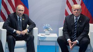 Quan chức CIA: Chính Mỹ 'dâng hiến' vị thế siêu cường cho Nga