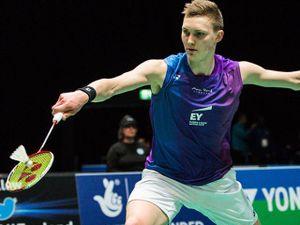Cầu lông: 'Siêu nhân' Axelsen ra vợt siêu tưởng, hiếm có khó tìm
