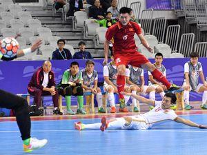 Futsal Việt Nam nghẹt thở quật ngã Trung Quốc giải tứ hùng quốc tế