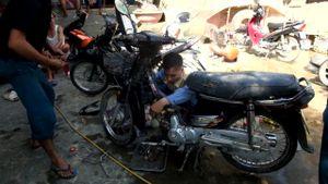 Ninh Bình: Dân chi hàng triệu đồng cứu xe sau lũ lụt