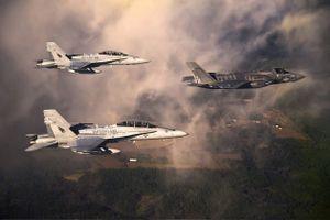 Bộ đôi chiến đấu cơ 'song kiếm hợp bích' của Hải quân Mỹ