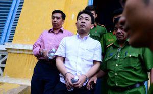 Phúc thẩm vụ án VN Pharma: Bị cáo choáng, luật sư 'sốc'