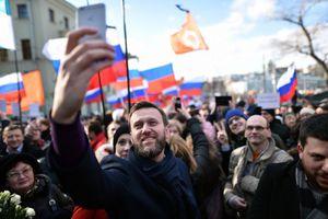 Thủ lĩnh đối lập Nga Alexei Navalny được trả tự do