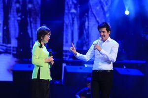 MC Thảo Vân gây bất ngờ với giọng hát ngọt ngào khi song ca với Hồ Quang 8