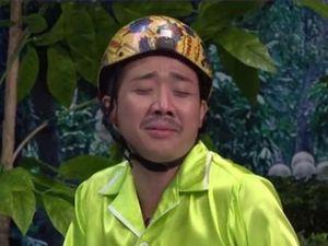 Thách bạn nhịn cười: Trấn Thành hát 'Em gái mưa', Chí Tài đệm đàn