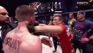 Ẩu đả trên sàn MMA sau pha chọc chảy máu mắt đối thủ