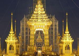 Đài hóa thân hoàng gia: Kỳ quan tưởng nhớ Vua Bhumibol của người Thái