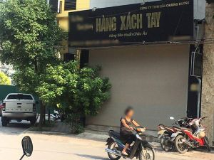 'Thủ phủ' hàng xách tay Nguyễn Sơn tê liệt sau bài phản ánh của Lao Động