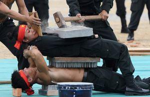 Cảnh sát đặc nhiệm trình diễn khí công trong diễn tập APEC 2017