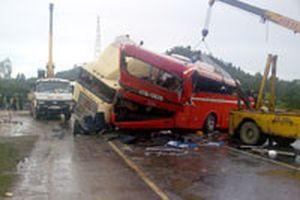 Tai nạn giao thông thảm khốc ở Bình Thuận