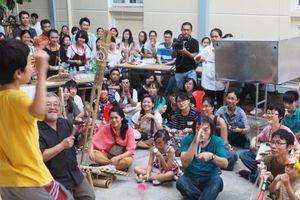 Dàn nhạc ngẫu hứng của 'Hanoi Collective Orchestra'