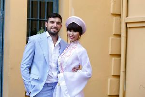 Ảnh đám cưới ấm cúng của siêu mẫu Hà Anh