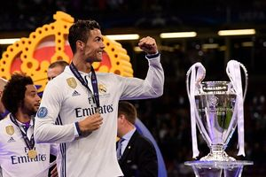 Ronaldo lập cú đúp, Real phá lời nguyền Champions League
