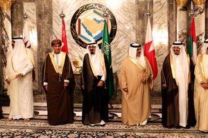 Qatar trả IS 1 tỷ USD tiền chuộc thành viên Hoàng gia?