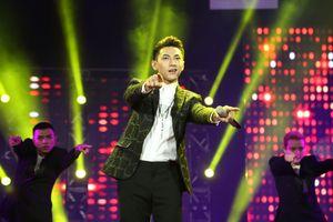 Những 'trai đẹp' đắt show của làng nhạc Việt