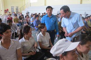 Bí thư Tỉnh uỷ Hà Nam đối thoại với người lao động: Tăng phòng học, cơ sở y tế phục vụ công nhân