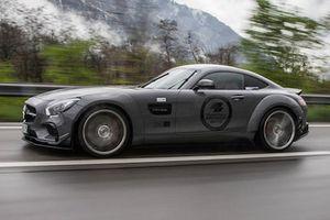 'Soi' siêu xe Mercedes-Benz AMG GT S với gói độ nửa tỷ